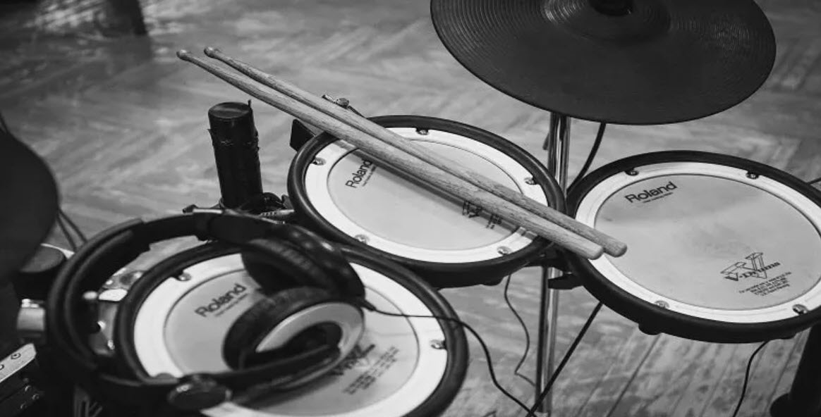 Quiet Drum Set: 6 Best Noiseless Electronic Drum Set for Apartments